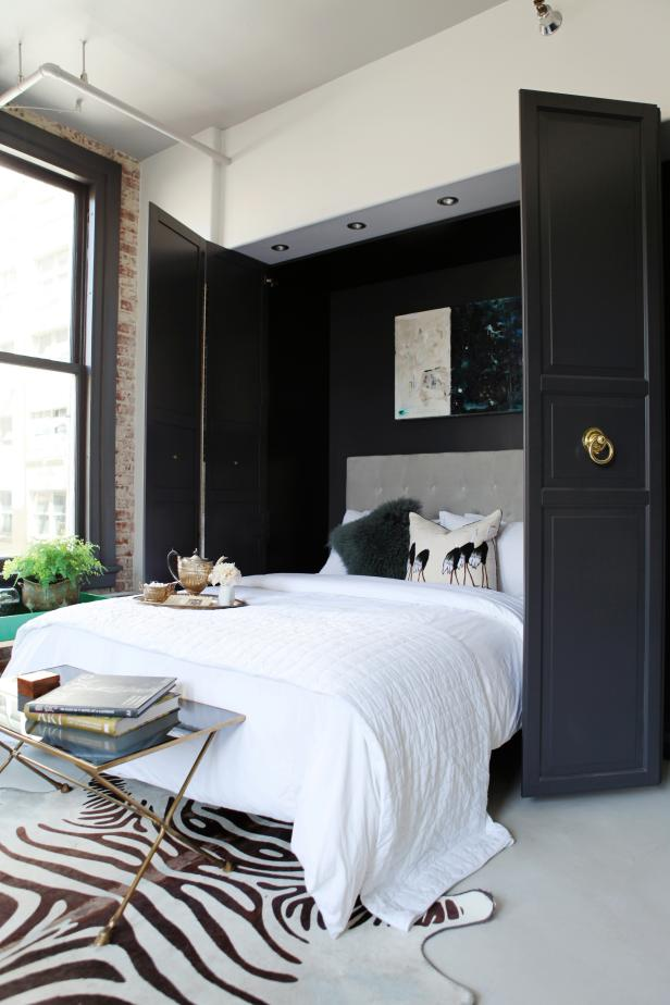 Murphy Bed in Chic, Urban Living Space