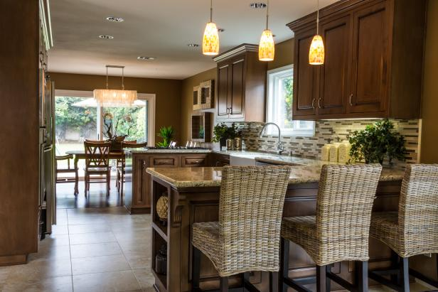 Traditional Neutral Open Plan Kitchen With Barstools Hgtv