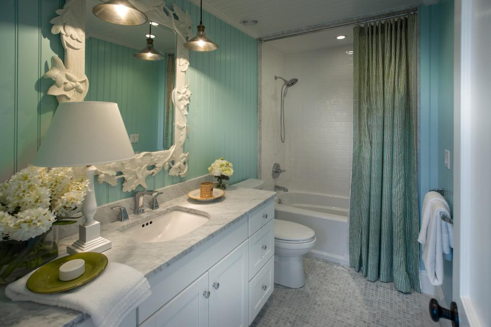 HGTV Dream Home 2015: Kids' Bathroom