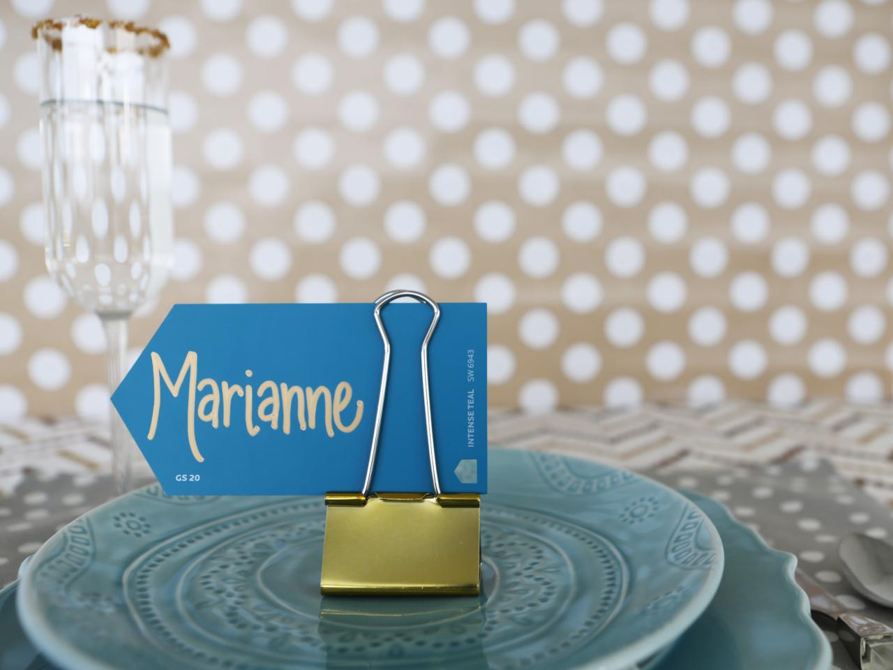 6 adorable place cards you can make in 5 minutes or less