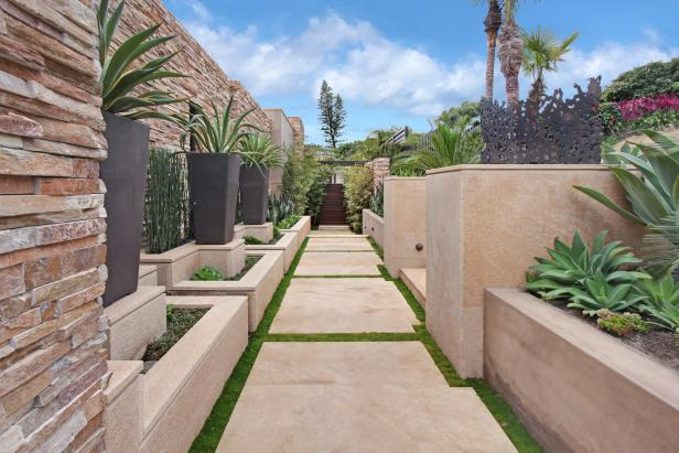 Contemporary Garden Walkway With Concrete Pavers