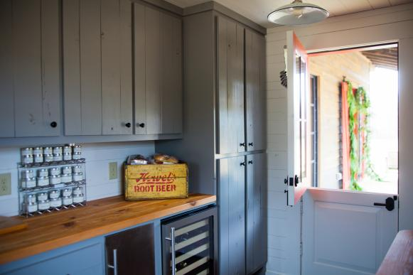 Country-Style Pantry With Gray Cabinets