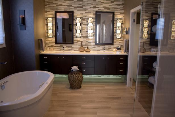 Contemporary Master Suite Bathroom Features Double Vanity