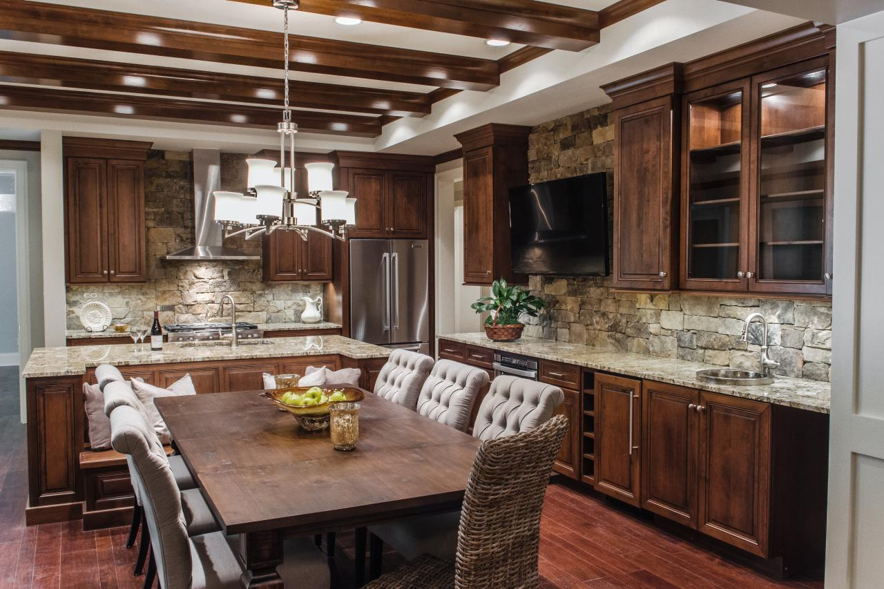 Grand Eat In Kitchen With Custom Wood Cabinets