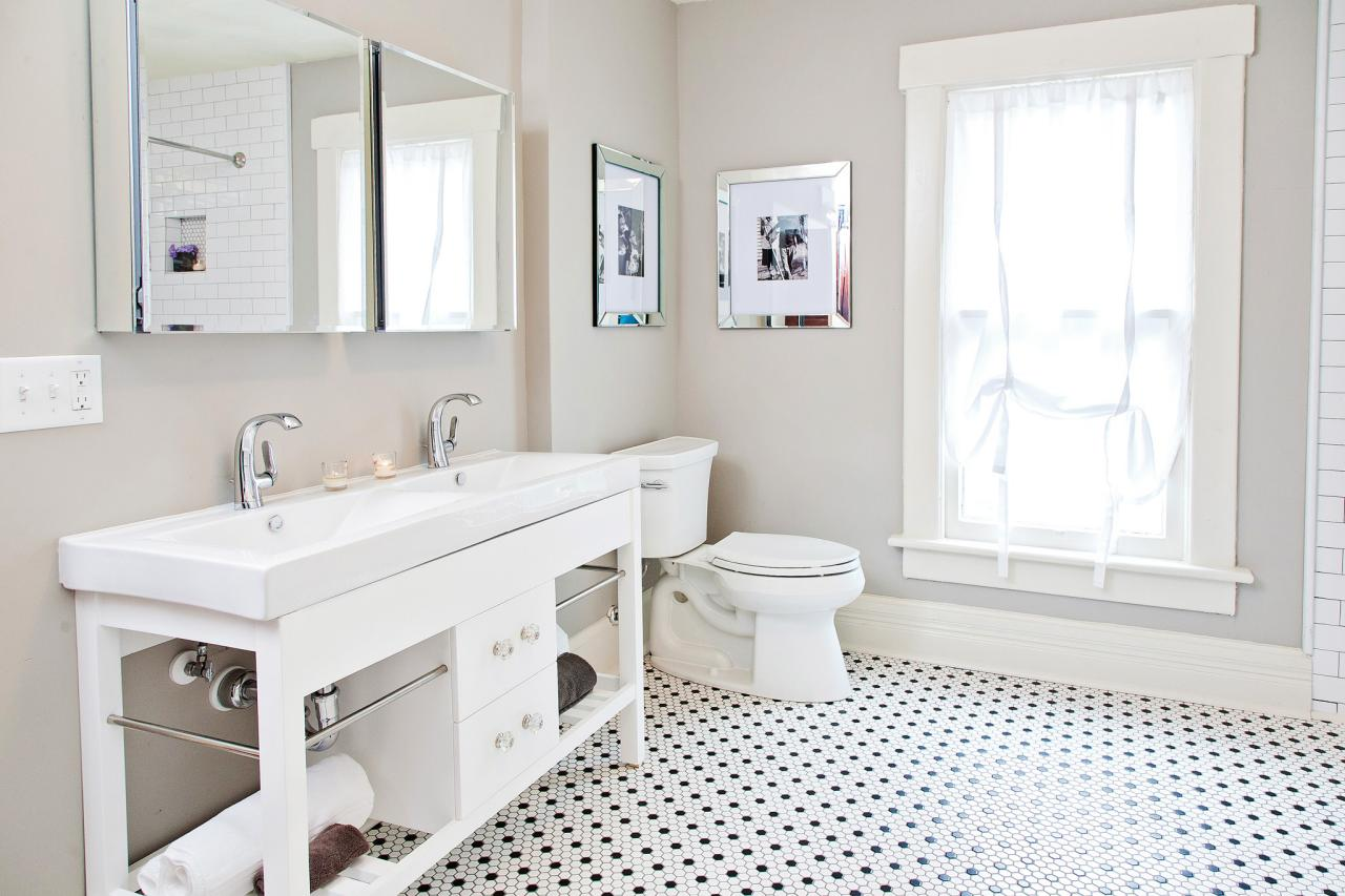 After: Bathroom Fit For a Family of Five | HGTV