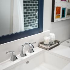 Modern Bathroom Vanity With Quartz Countertop