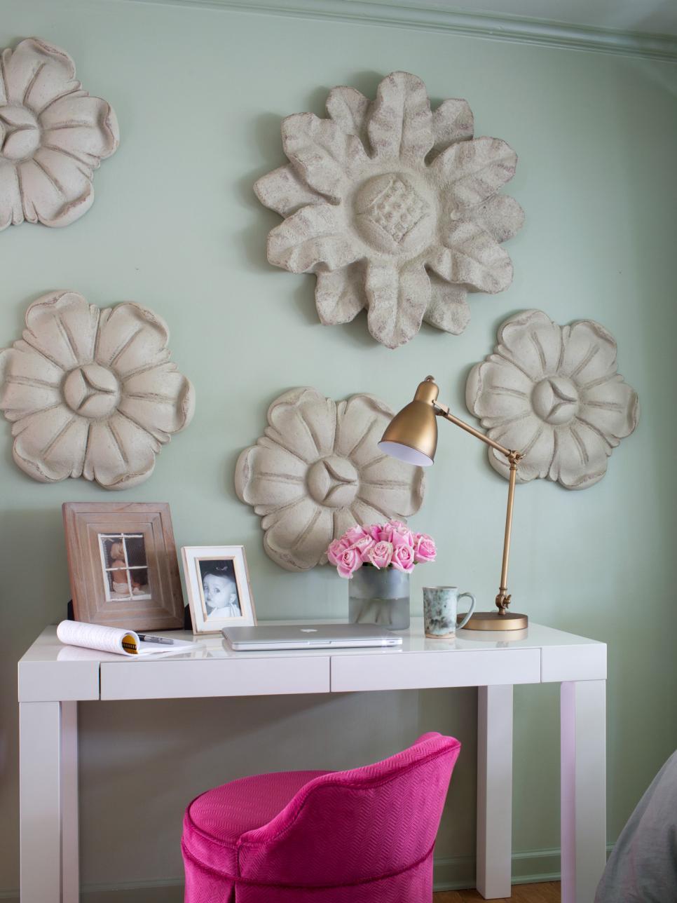 Cottage-Style Bedroom Decorating Ideas | HGTV