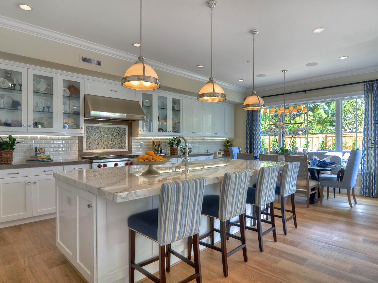 open kitchen island open plan eat in kitchen with oversized island and breakfast bar hgtv 8115