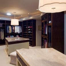 Modern Closet Offers Space, Built-In Storage