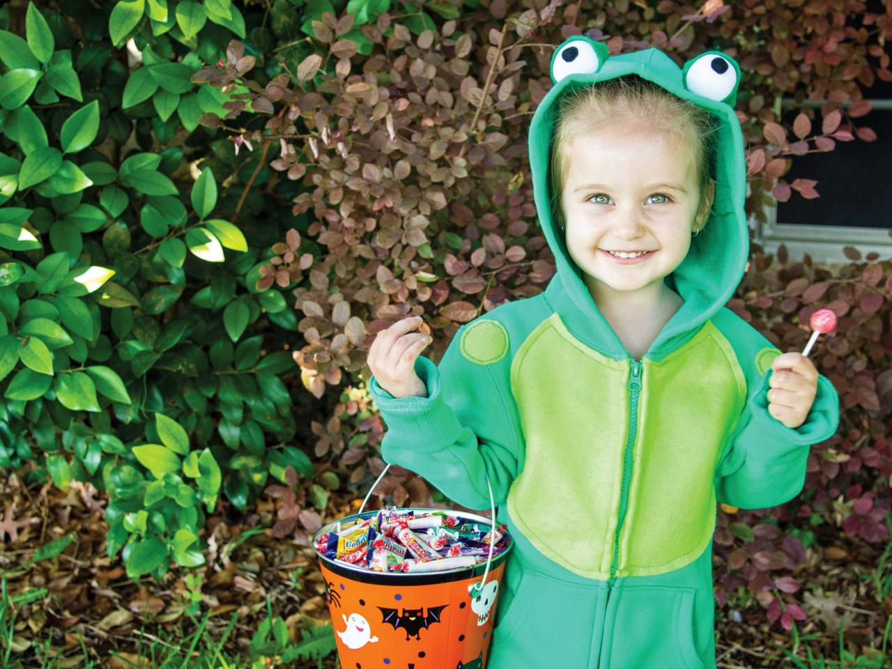 4 kids' halloween costumes you can make from a hoodie | hgtv's
