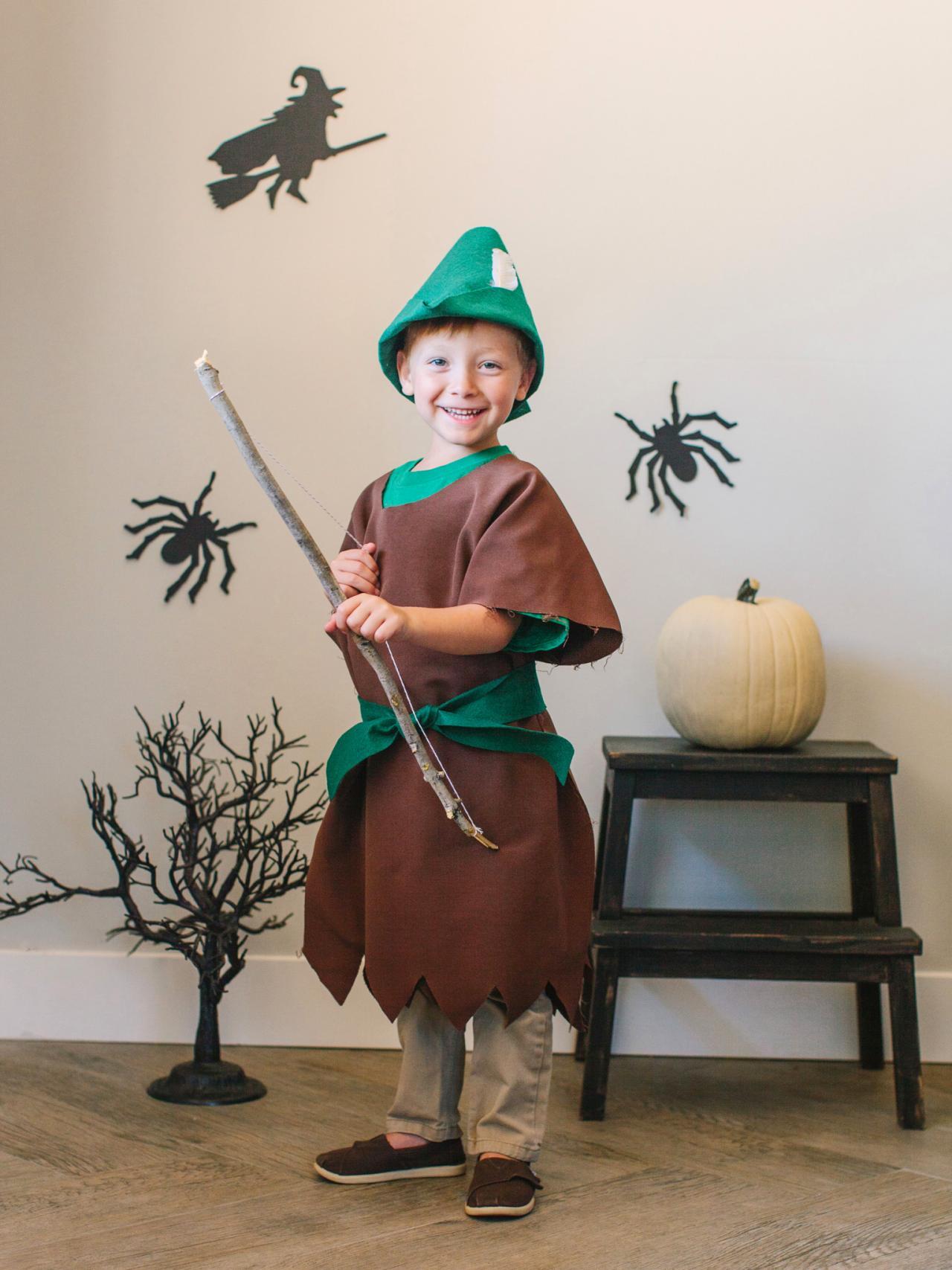 Diy kids robin hood halloween costume hgtv make a robin hood kids costume for halloween solutioingenieria Gallery