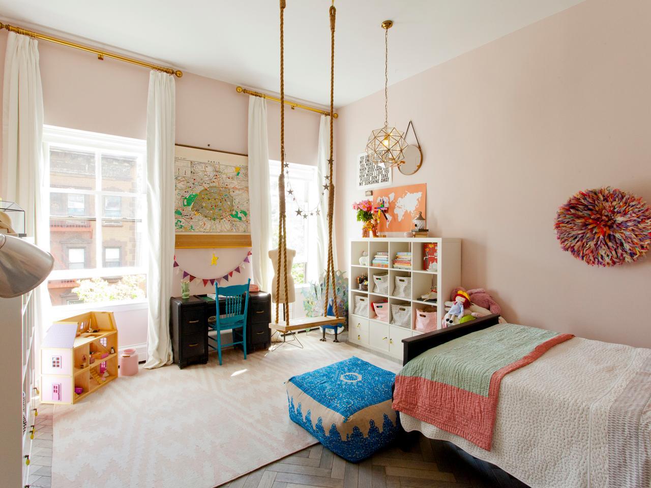 Bon Pale Pink Girlu0027s Bedroom With Rope Swing
