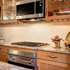 Lovely, Luminous Backsplash