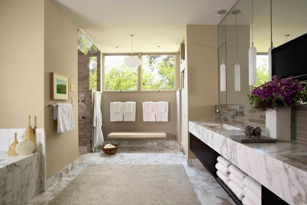 Contemporary Neutral Spa Bathroom With White & Gray Marble Countertop