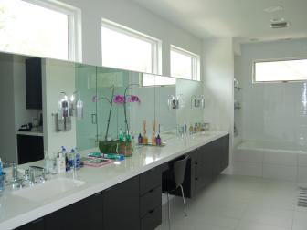 Black and White Modern Double Vanity Bathroom