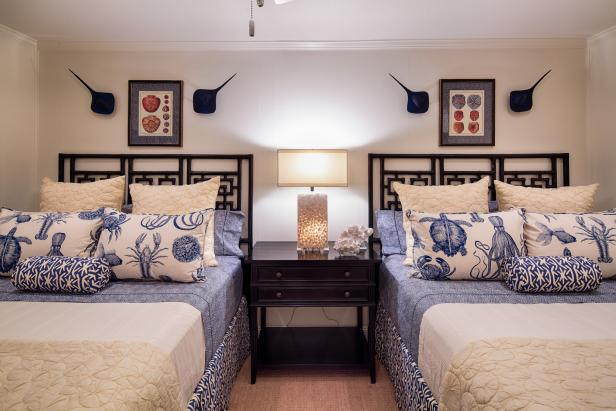 Coastal Style Bedroom With Blue and White Bedding