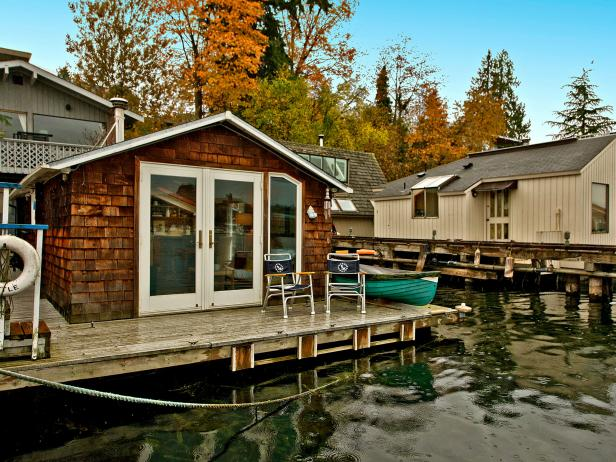 Tiny Houseboat on Portage Bay, Seattle