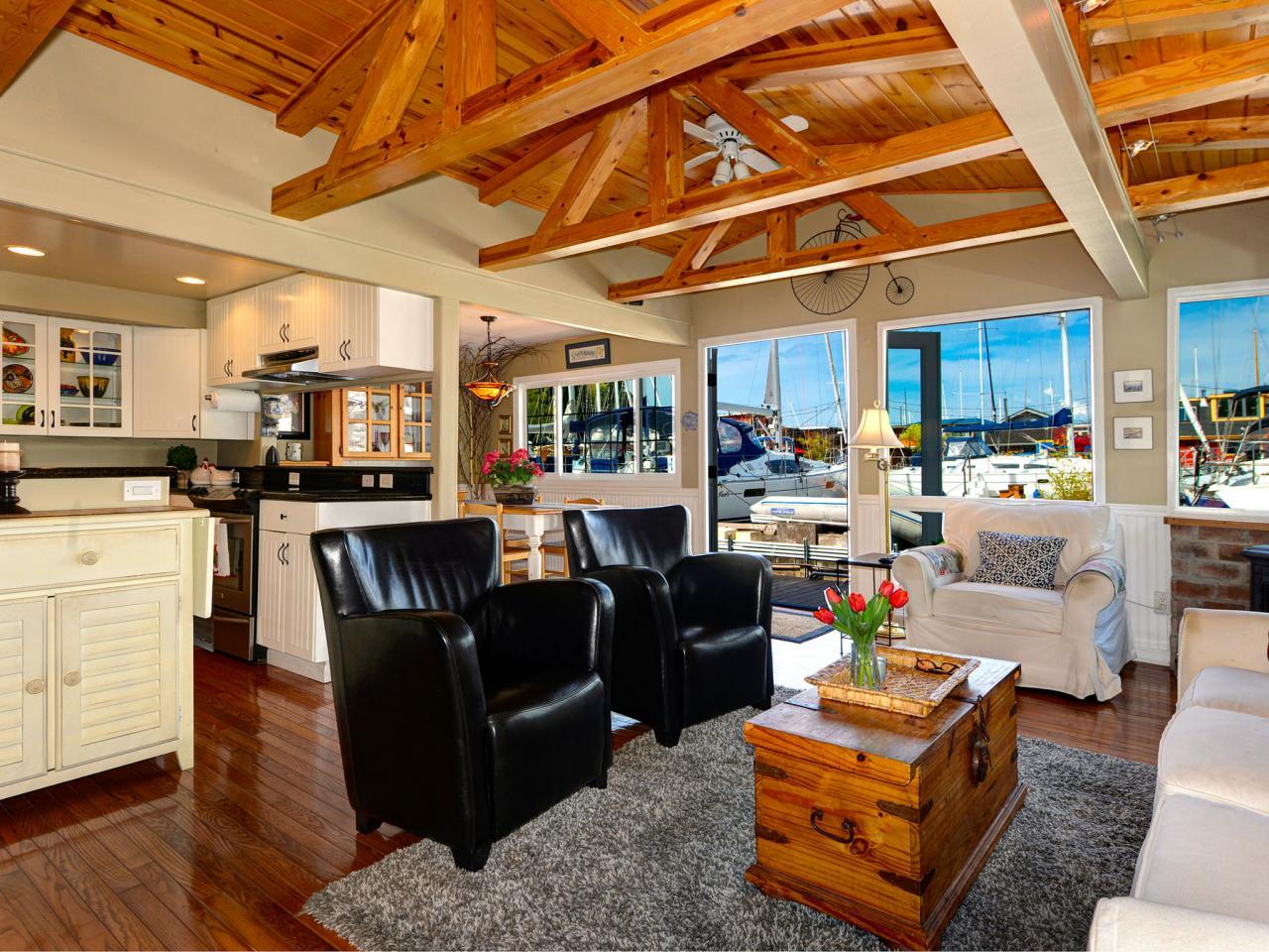 Modern Houseboat Living Room In Seattle Hgtv