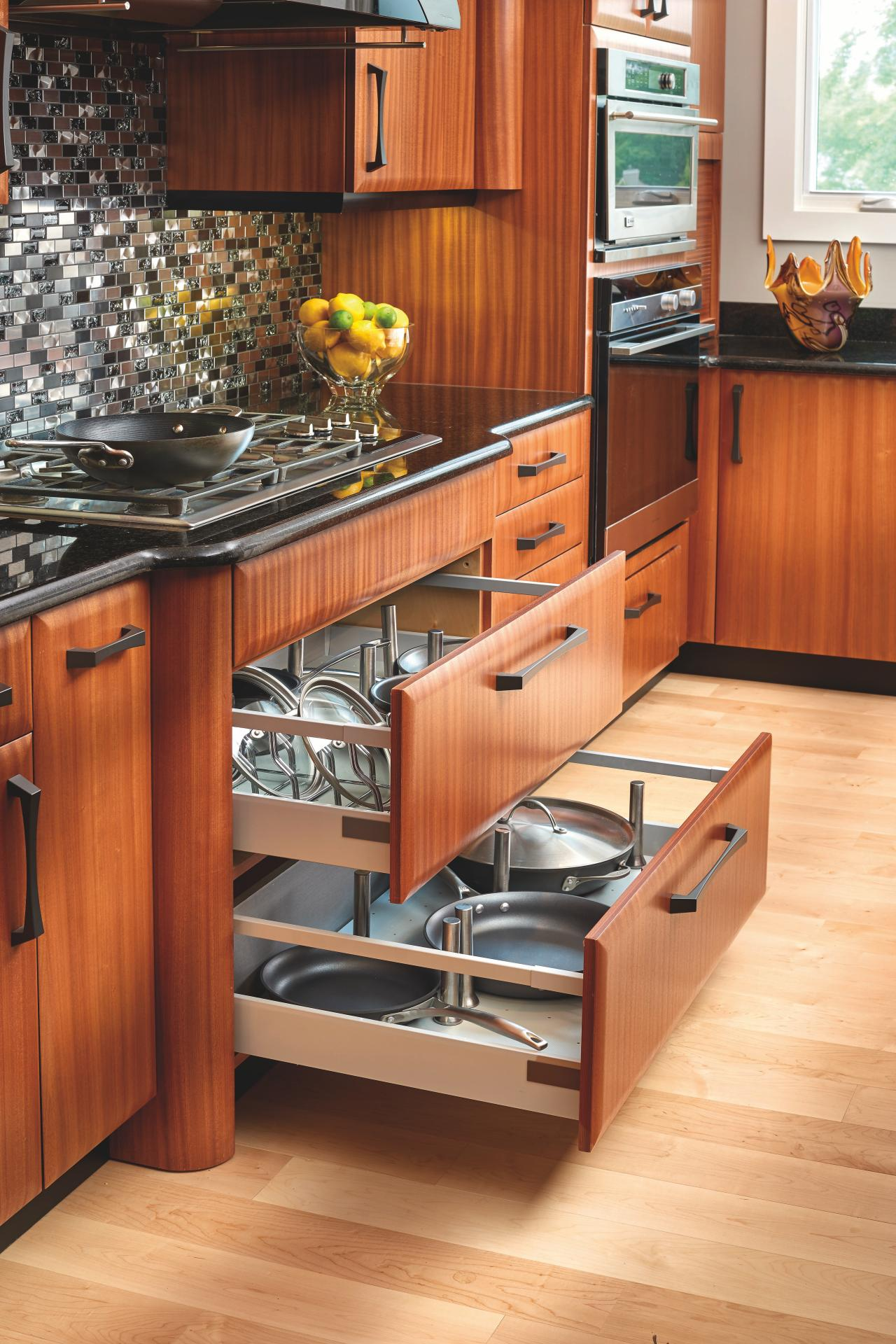 Pot and pan storage drawers in kitchen hgtv for Kitchen cabinet options design