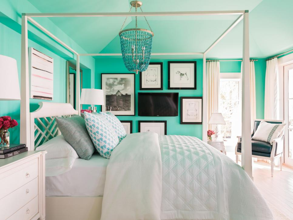 50 bedroom decorating ideas for teen girls hgtv for Room decor for 12 year olds
