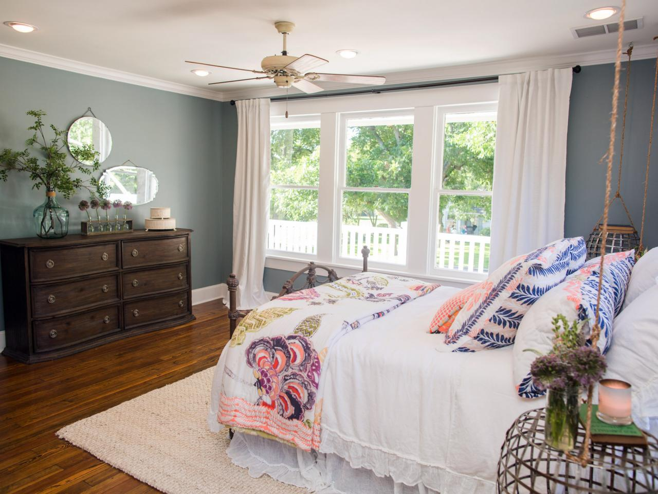 hgtv master bedroom photos hgtv s fixer with chip and joanna gaines hgtv 11787