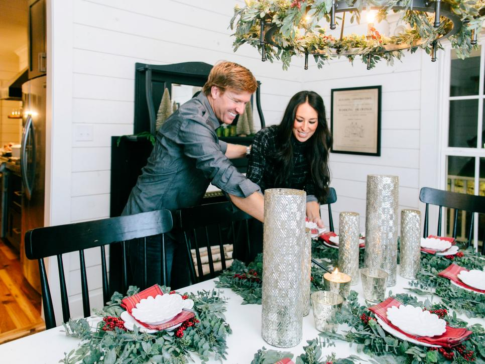 a chip and joanna holiday photo album - Joanna Gaines Christmas Decor