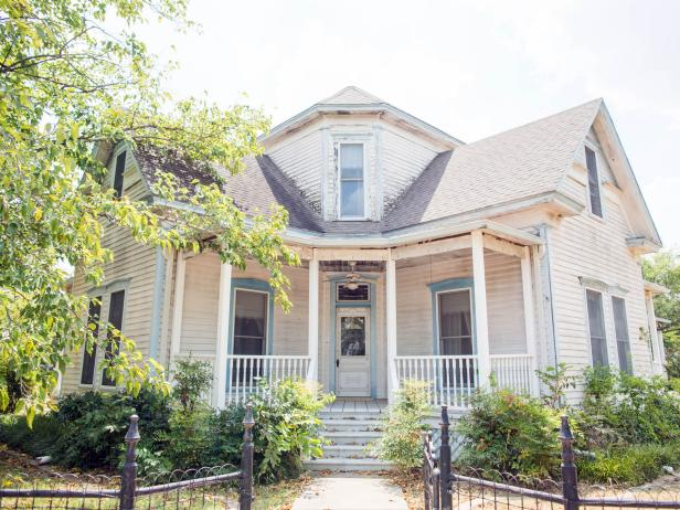 Exterior before ofFixer Upper Bed & Breakfast {Magnolia House}