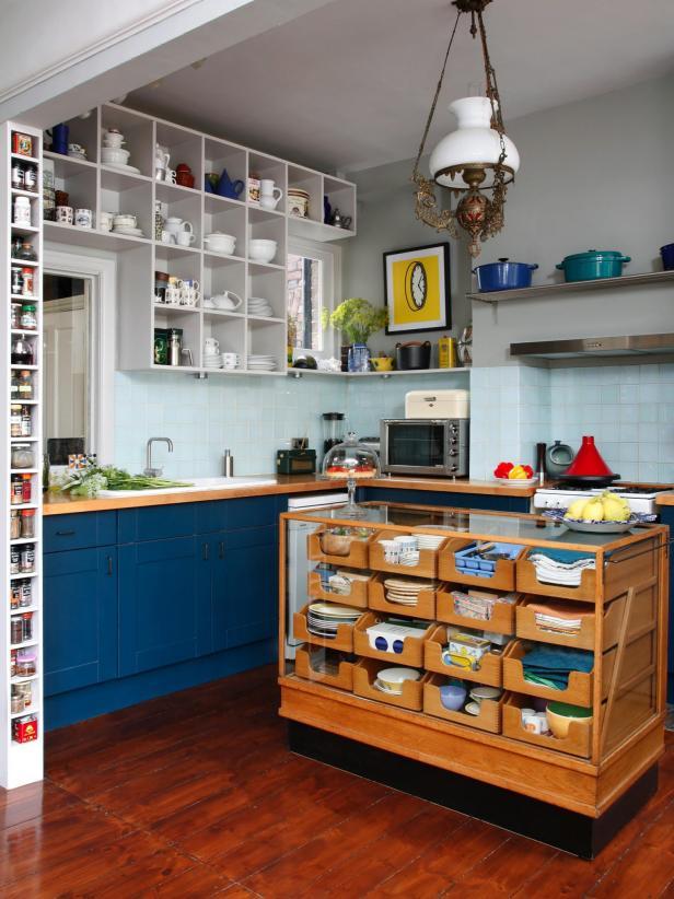 14 Creative Kitchen Islands and Carts | HGTV
