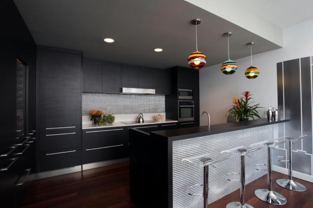 Black Contemporary Kitchen With Bar & Stainless Steel Mosaic