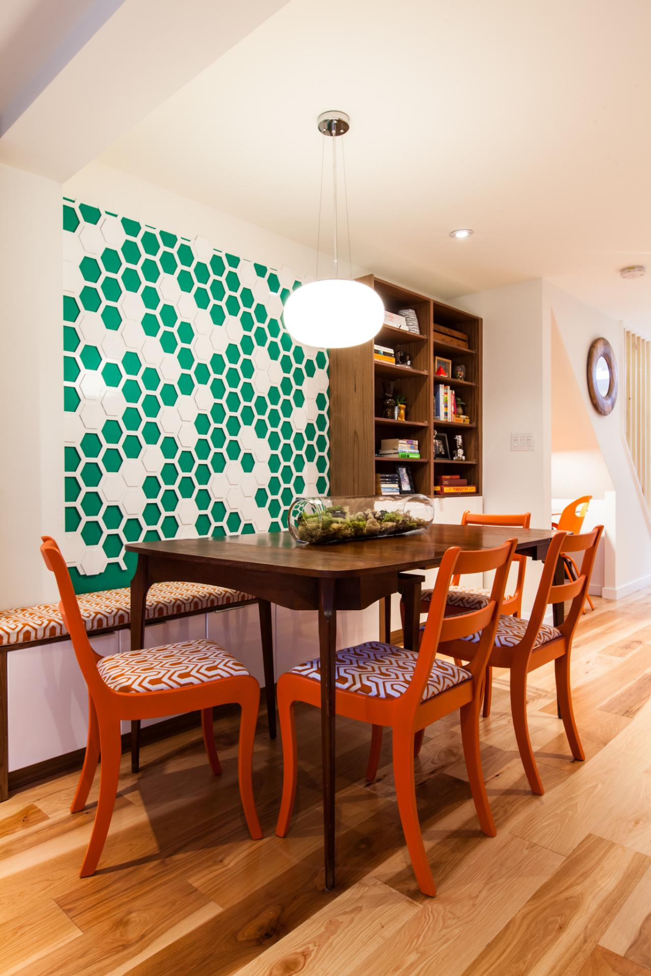 3: Graphic Wallpaper As Art. Bright, Colorful Dining Room