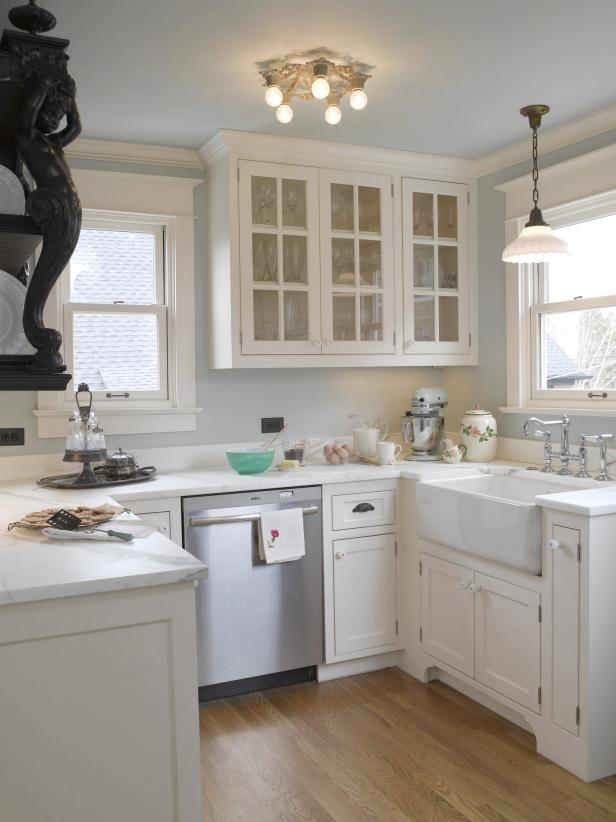 Charming Kitchen With White Cabinetry Amp Farmhouse Sink Hgtv