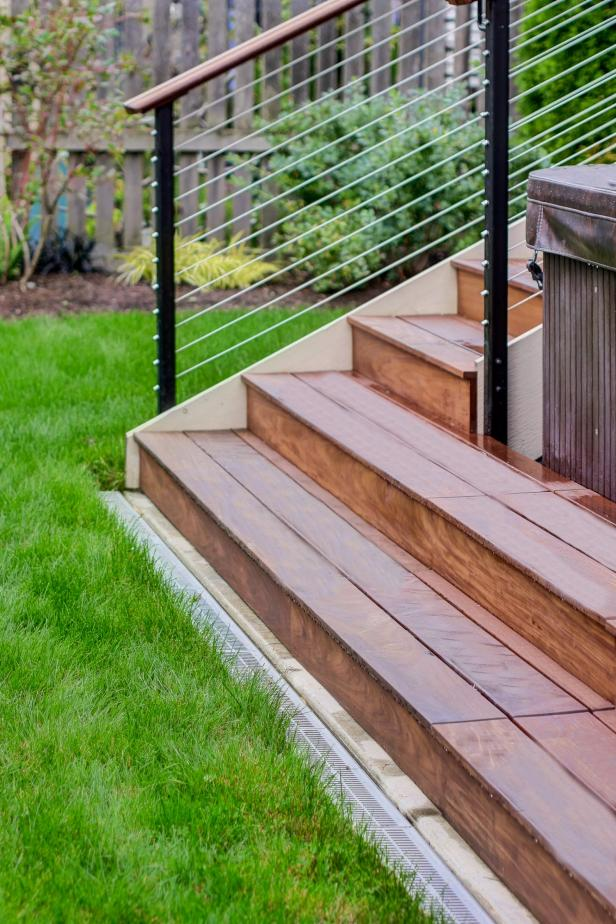 Sawhorse-Design-Build_Outdoor-Living-Space_Stair Detail