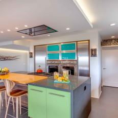 Bright Colors Energize Modern Eat-In Kitchen