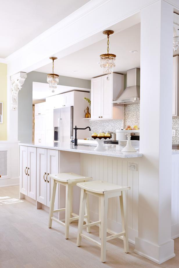 Neutral Transitional Kitchen With Island Seating