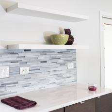 Horizontal Mosaic Glass Tile in Kitchen