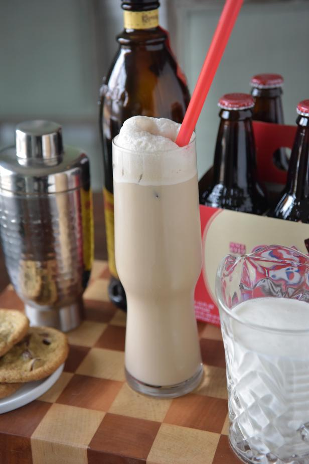 This take on a cool, creamy favorite is for adults only. Gather the following ingredients for this yummy cocktail: 1 small bottle of your favorite root beer, 2 ounces coffee liqueur, 2 ounces milk or heavy cream and ice cubes.