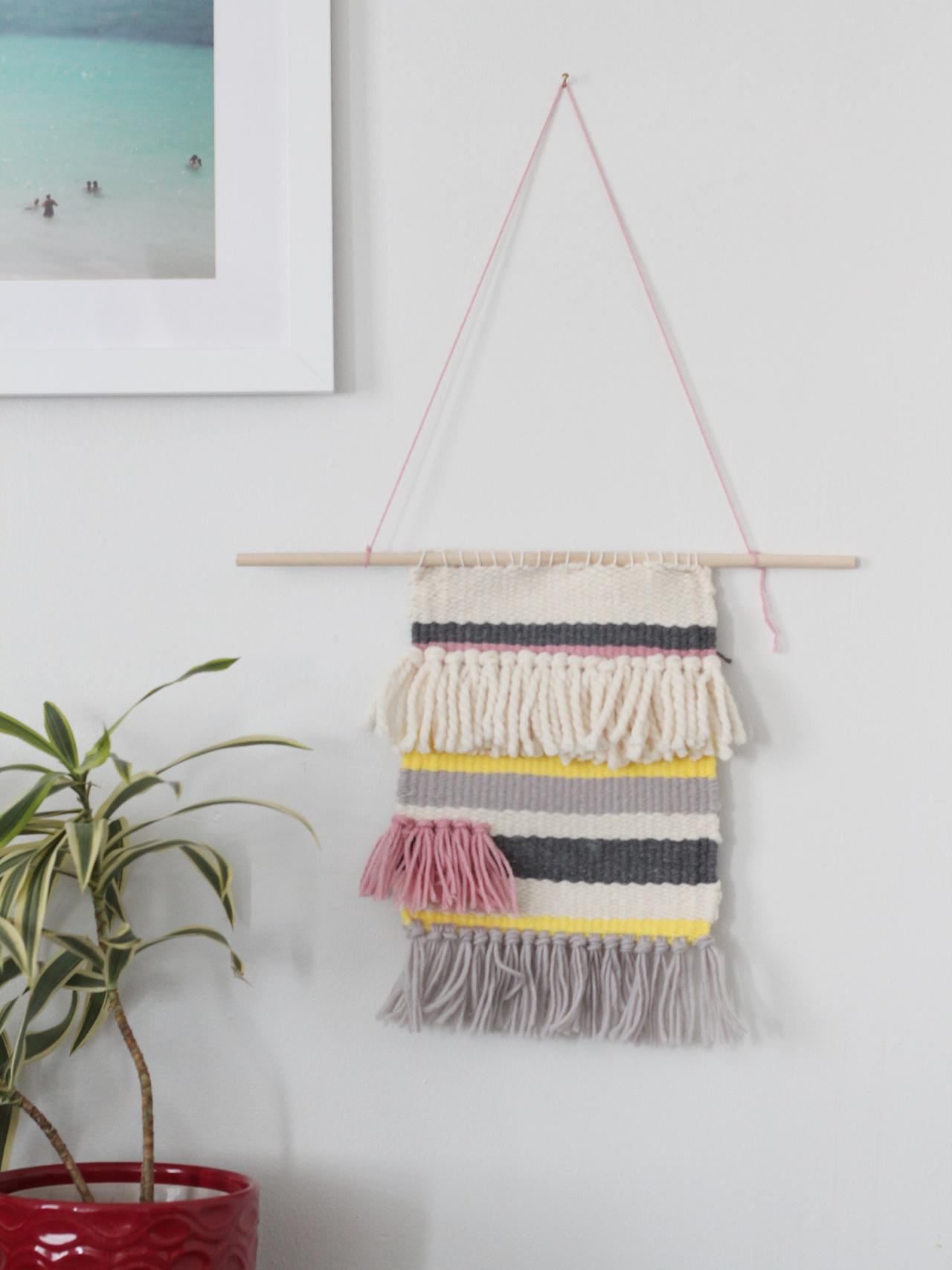 Wall Tapestry Use A Wooden Handloom To