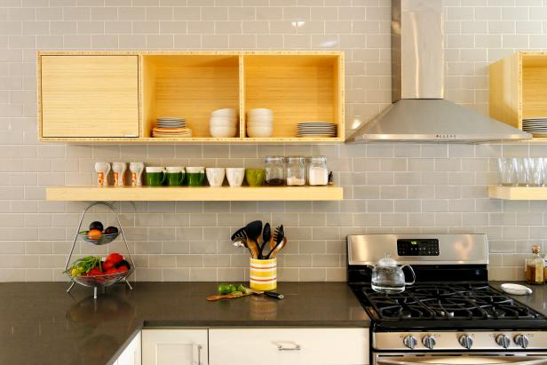 Open Storage in Contemporary Kitchen