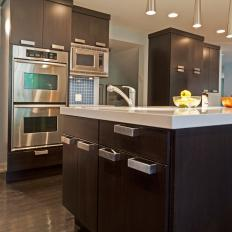 Stainless Steel Touches in Contemporary Kitchen