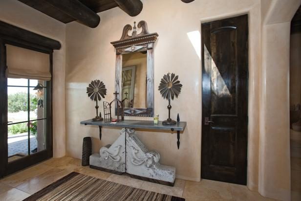 White Southwestern Foyer