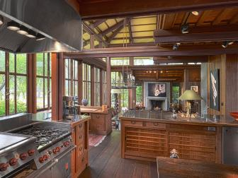 Craftsman Kitchen With Chef-Grade Appliances