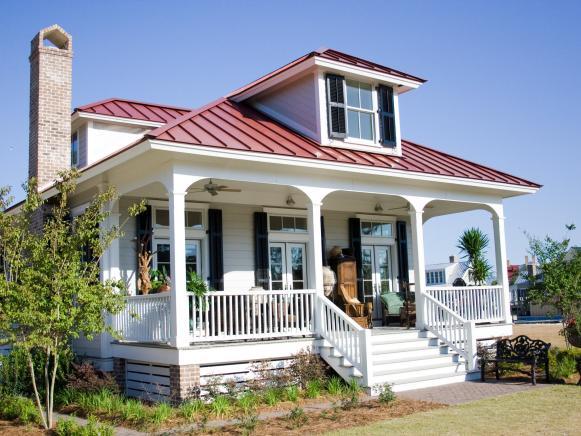 Captivating White Craftsman Style Cottage Home Design Ideas