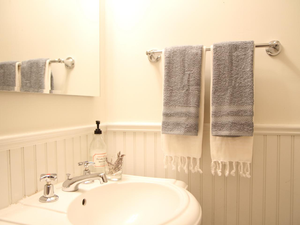 How To Install A Bathroom Towel Bar How Tos Diy