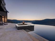 Infinity Pool & Spa: Historic Country Estate in Victoria, British Columbia, Canada