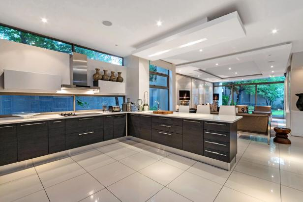 White Kitchen With Contemporary Design