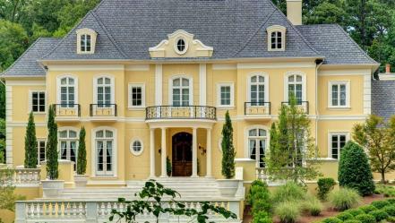 Peek Into the 2015 Atlanta Decorators\' Show House and Gardens | HGTV