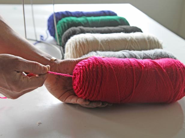 Pull the yarn from the center of the skein