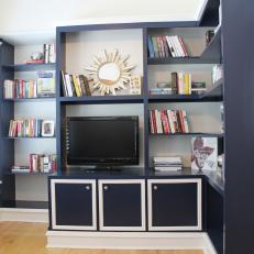Television Nook in Navy Master Suite