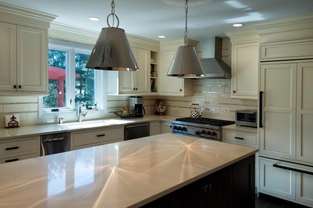 Transitional Kitchen With Island, Pendant Lights & Cream Cabinets