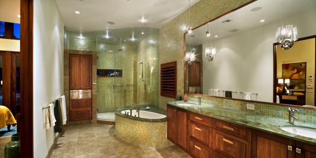 Spacious Bathroom with Soaking Tub